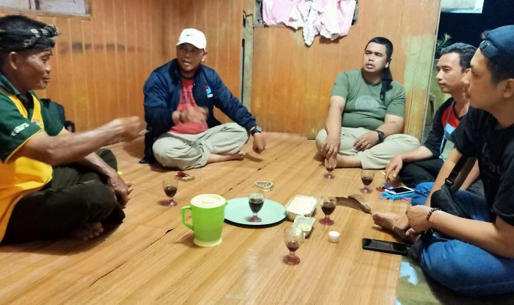 Catatan Kunjungan Kerja: Kelompok Tani Tengkawang Layar Rumah Produksi Minyak Tengkawang Dusun Melayang